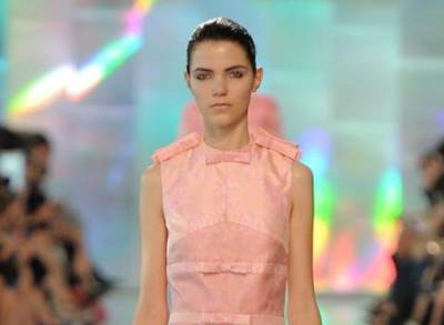 News video: London Fashion Week Pins Hopes On Emerging Talent To Boost Luxury Growth
